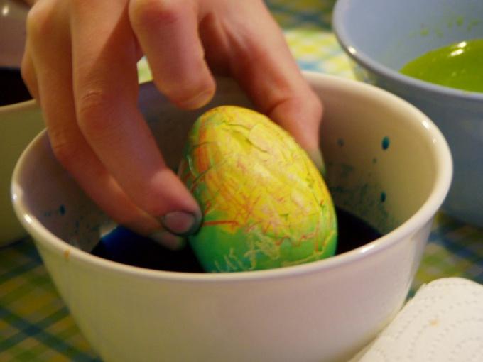 Чем раскрасить яйца к Пасхе