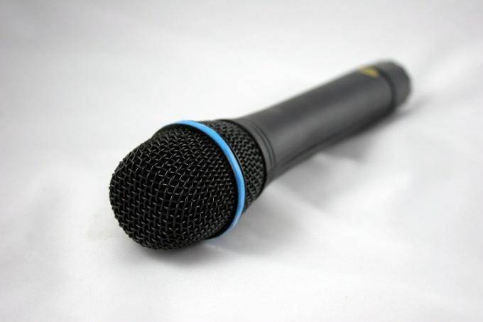 Как выступать с микрофоном