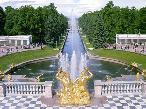 Where to go with the girl in St. Petersburg