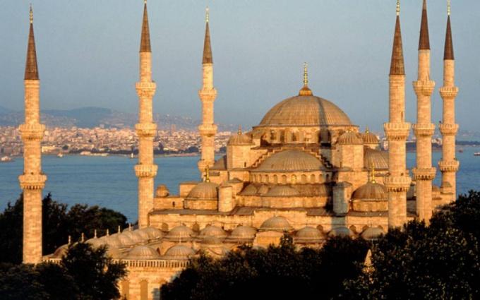 Как одеваться  в Стамбуле