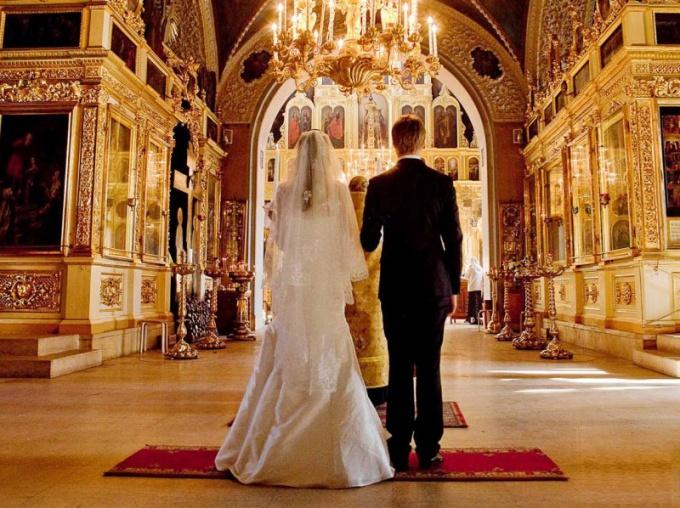 Что нужно сделать перед венчанием