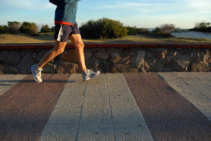 Совершайте пешие прогулки как можно чаще