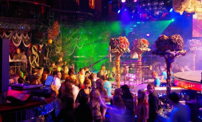 Как вести себя в клубе Москвы