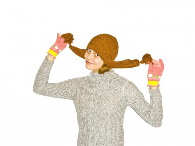 Как вязать шапку с ушками