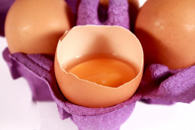 Как приготовить яичный ликер