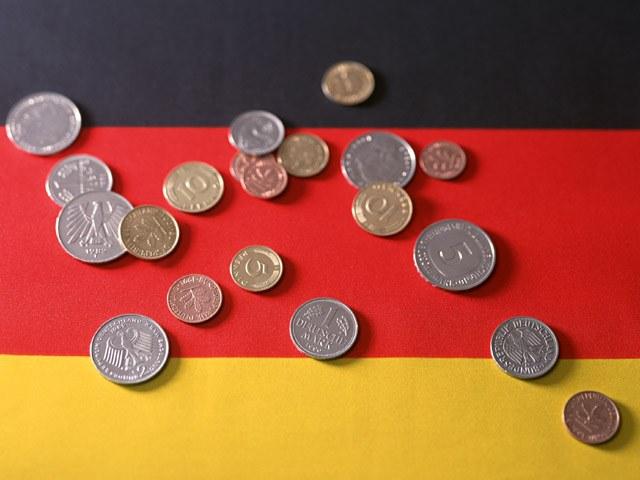 Как переслать деньги в Германию