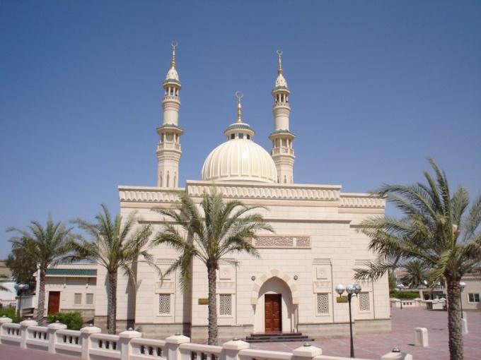 Как вести себя в Эмиратах