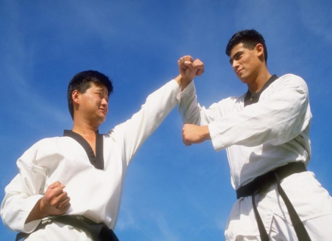 Как выковать стальной кулак