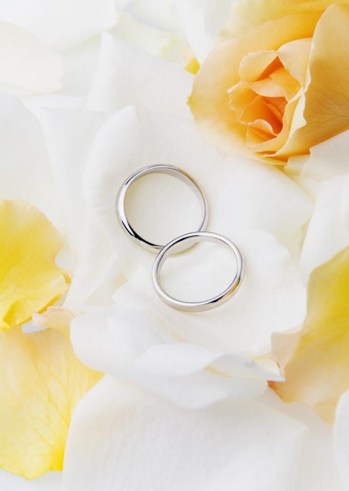Как отметить фарфоровую свадьбу