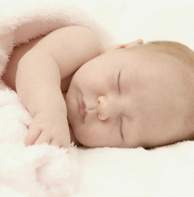 Как отучить годовалого ребенка от ночного кормления