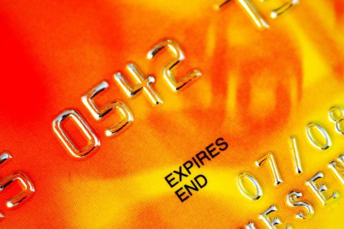 Как можно оплатить билет по карте