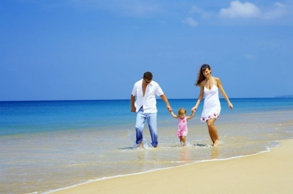 Where to go in may for sea with children
