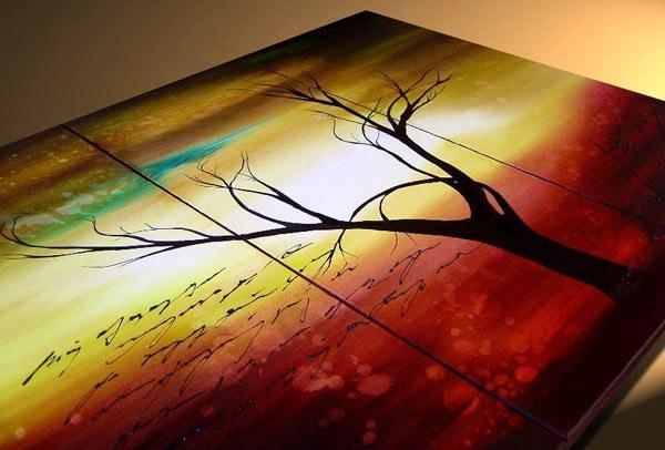 As acrylic varnish