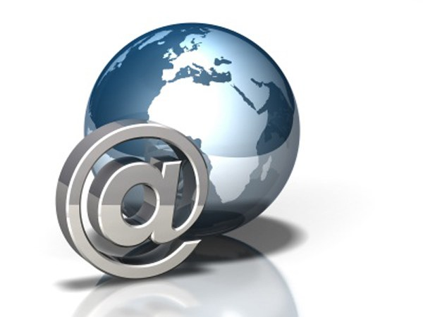 How to write email address