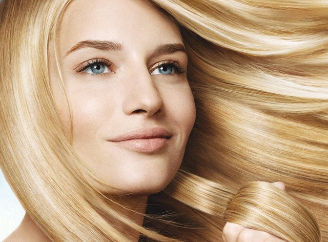 How to safely lighten hair