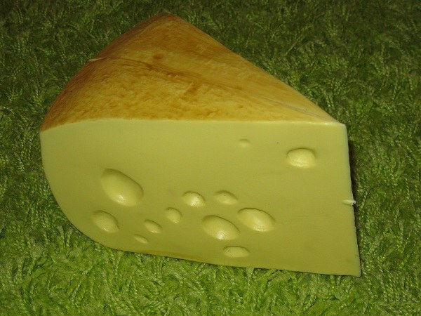 Как давать сыр ребенку