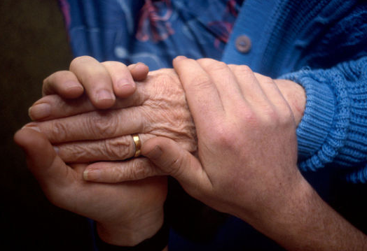 How to obtain guardianship of elderly