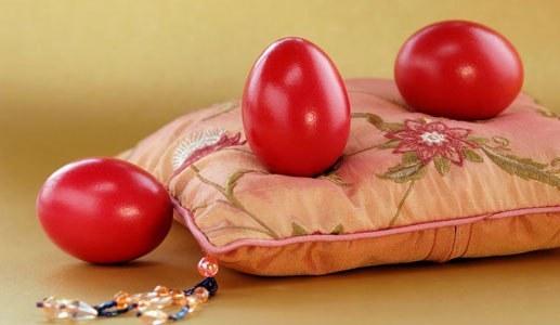 Чем покрасить яйца к Пасхе