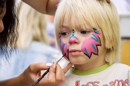 Как нарисовать рисунок  на лице