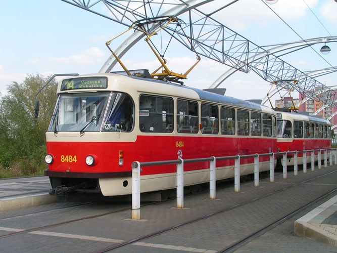 How to drive a tram