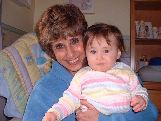 Как оставить ребенка с бабушкой