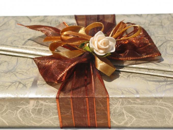 Как подарить скрытый подарок 147