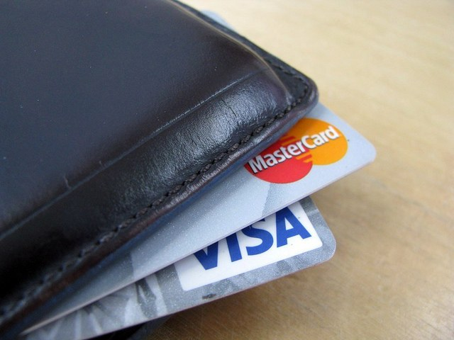 How to cancel a Bank card