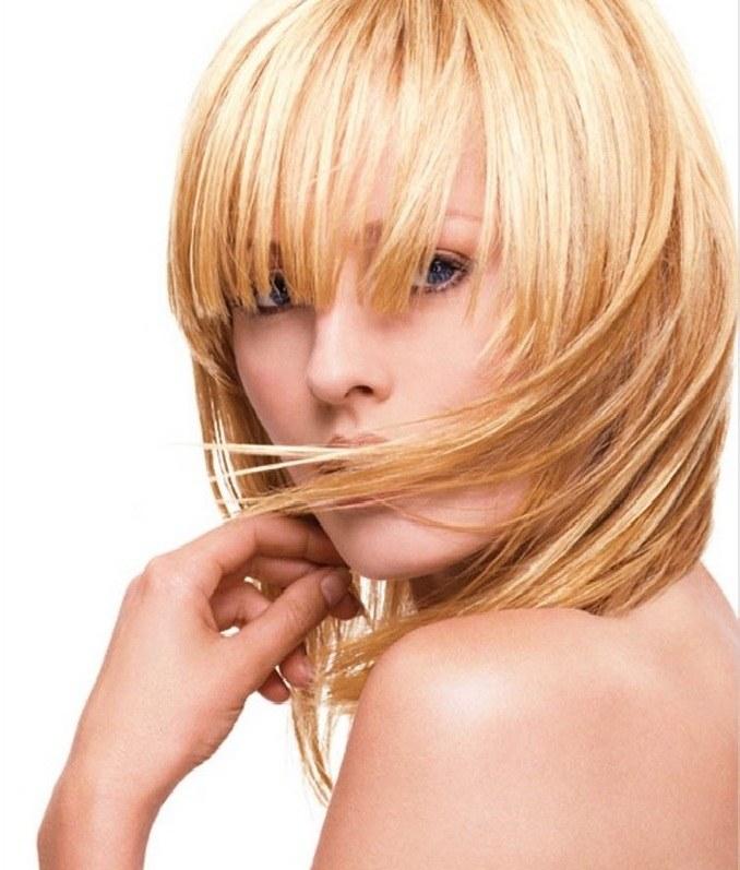 Как осветлить корни волос