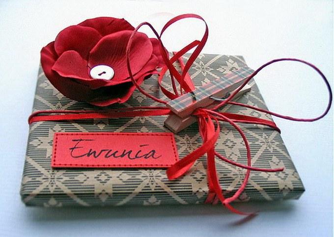 Как оригинально оформить подарок