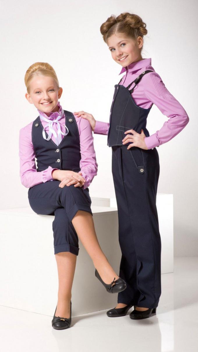 Как нужно одеваться в школу