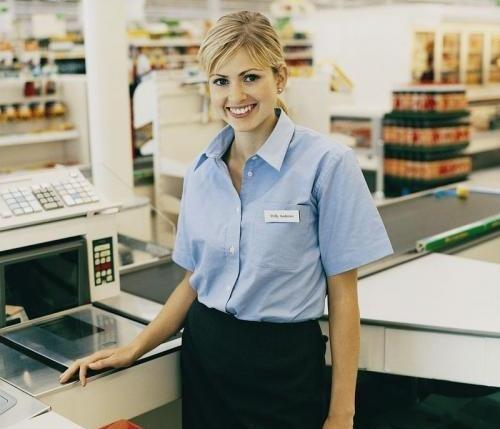 Как оформить на работу продавца