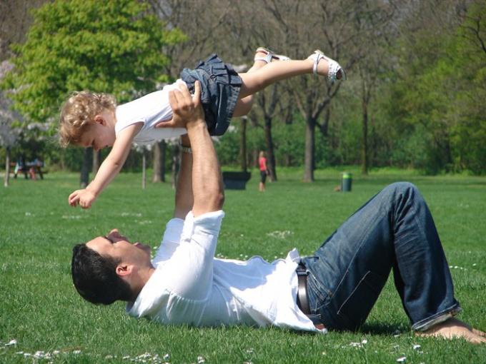 Как отец должен воспитывать ребенка