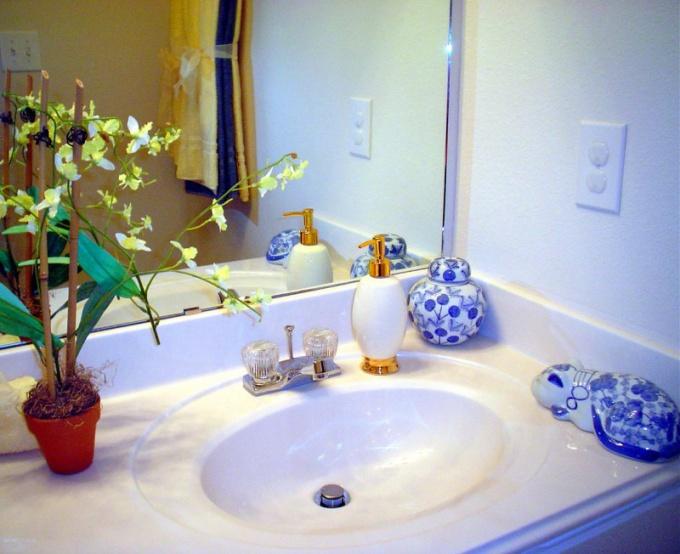 Как отделать ванну панелями