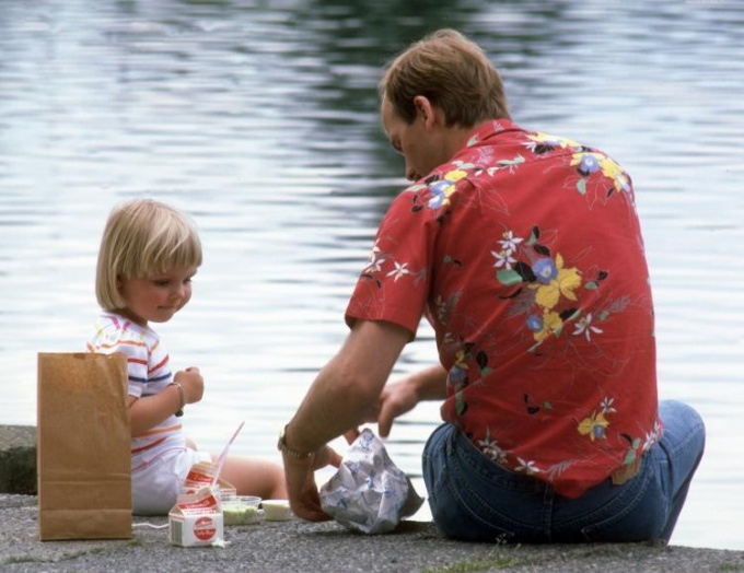 Как отцу проводить время с детьми