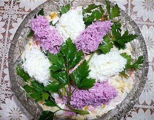 Украшение <strong>салат</strong>а в виде сирени