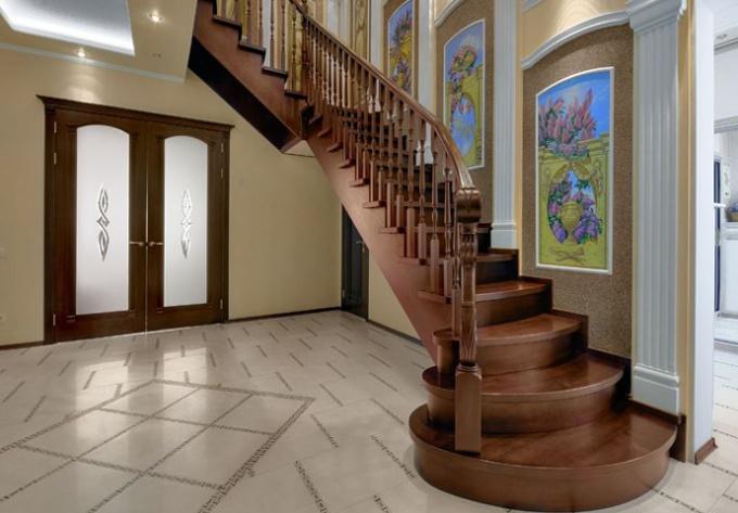 Как обшить металлическую лестницу