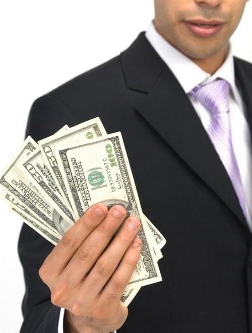 Как взять займ, если должен банкам
