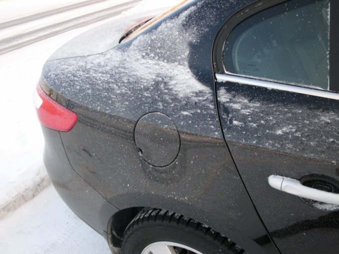 Как открыть замерзший багажник