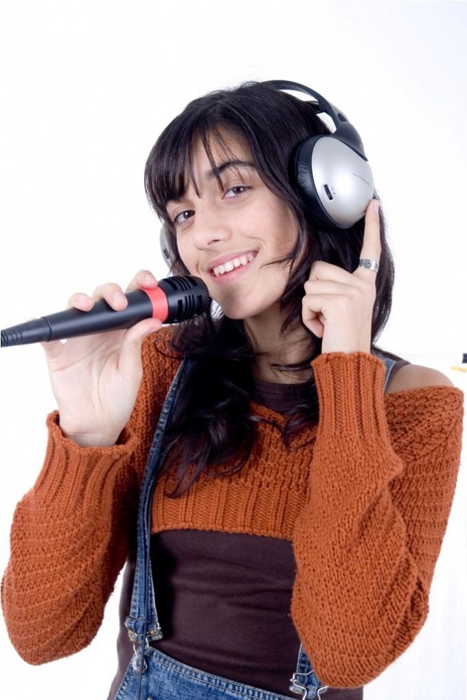 Как выучить английскую песню