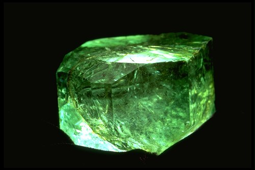 How to determine the authenticity of the emerald