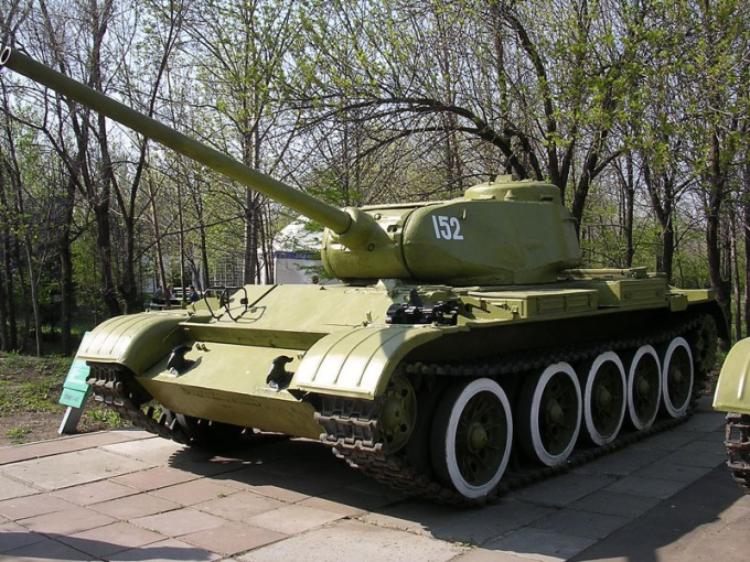 Как нарисовать танк карандашом