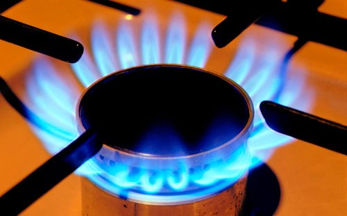 How to turn on a gas stove