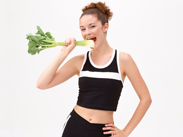 How to eat less and lose weight in 2017 year