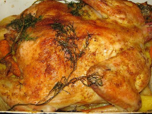 How delicious to cook the chicken with potatoes in the oven