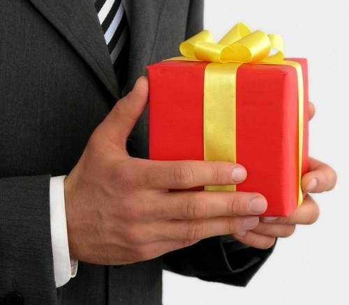Как подобрать подарки для мужчин