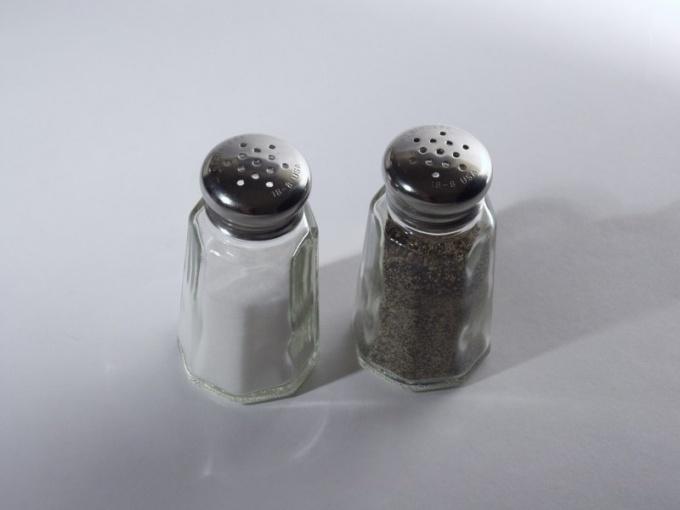 Как отделить соль  от перца