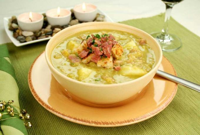 Как приготовить настоящий гороховой суп