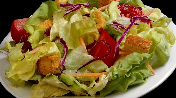 Как приготовить классический салат Цезарь