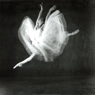Как изобразить на бумаге танец в движении