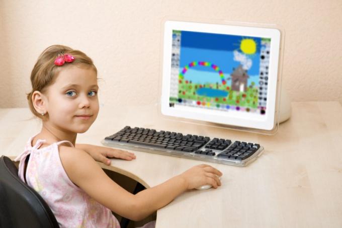 """Где ребенок может поиграть в """"одевалки"""" онлайн"""